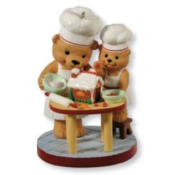 2013 Busy Bakers - Club Hallmark Ornament