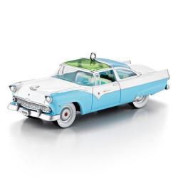 2013 Classic Car #23 - 1955 Ford Fairlane Crown Victoria Skyliner Hallmark Ornament