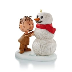 2013 Peanuts - Pigpen Builds A Snowman Hallmark Ornament
