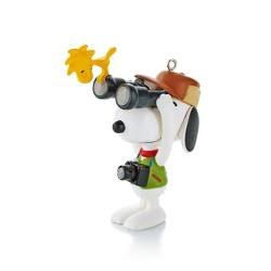 2013 Spotlight On Snoopy #16 - Bird-watcher Snoopy Hallmark Ornament