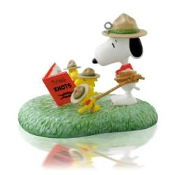 2014 Peanuts - Learning The Ropes Hallmark Ornament